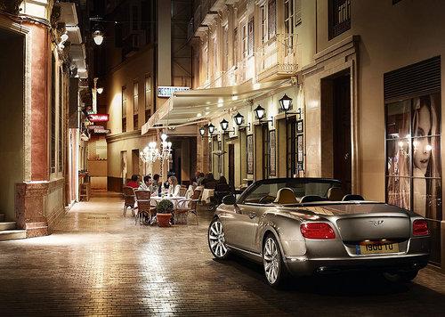 全新宾利欧陆V8/W12海外上市 134万起售