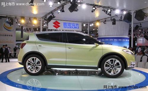 铃木概念车S-CROSS亮相 有望明后年国产