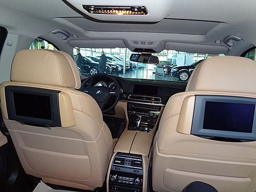宝马730Li典雅型售80.8万