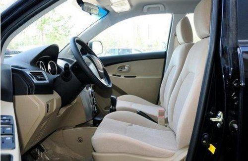 金杯智尚S30  实用A0级SUV新典范