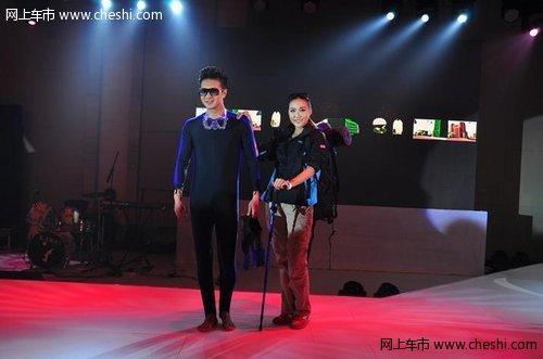 深圳/而这次上市发布会还安排有年轻时尚的模特走秀