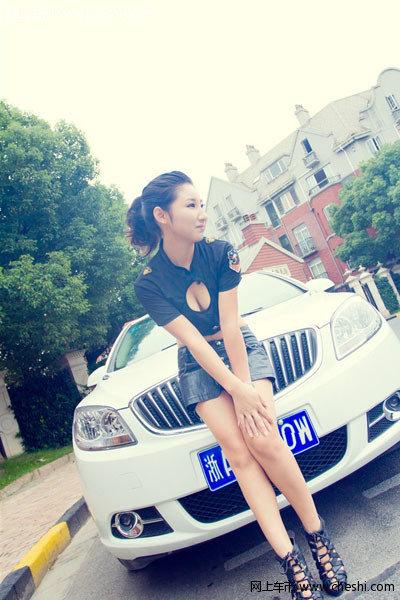 黑色透视装性感诱人 外型酷似天后刘嘉玲-1