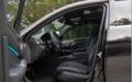 新奔驰E级轿车 空间动力均有提升