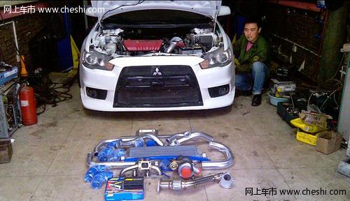 超级涡轮增压_预订销售15年川崎H2带涡轮增压的超级跑车
