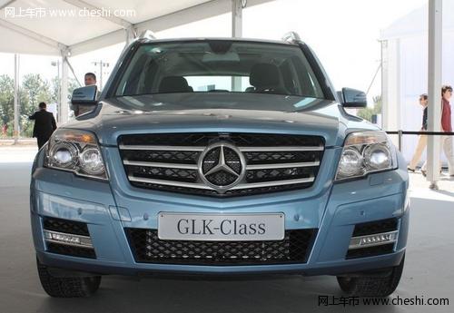 坐进车内,glk的内饰秉承了奔驰品牌一贯的优良传统,做工精良高清图片