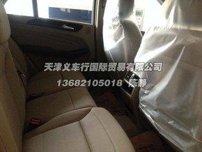 新款奔驰ml350柴油版中控内饰高清图片