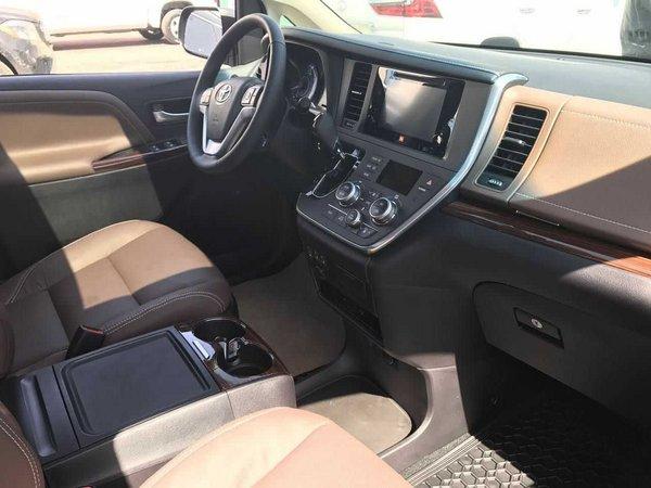 17款丰田塞纳四驱 大空间舒适居家风设计-图7
