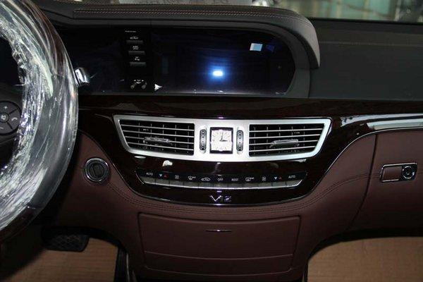 奔驰迈巴赫S600L顶配座驾 本月限时降价-图4