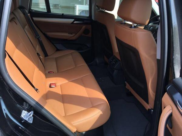 中东宝马X3汽油2.0T 五座动感SUV批发价-图6