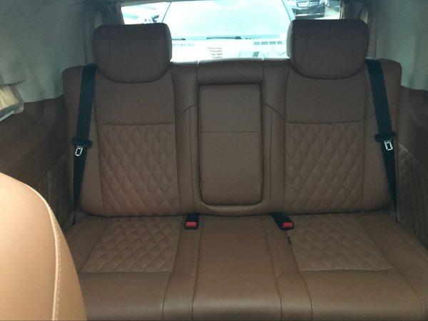 新款奔驰威霆手续齐全 全新改装更加舒适-图8