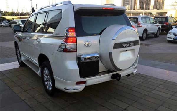 2016款丰田霸道2700中东版现车优惠报价-图2
