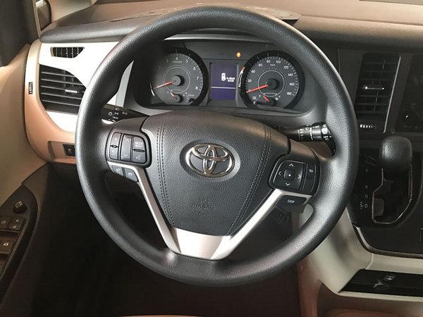 17款丰田塞纳顶配现车 舒适商务价格低-图5