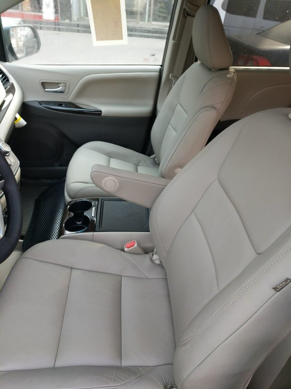 17款丰田塞纳3.5两驱LTD 7座顶配58.5万-图7