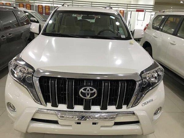 2017款丰田霸道4000 越野SUV现车促销高清图片