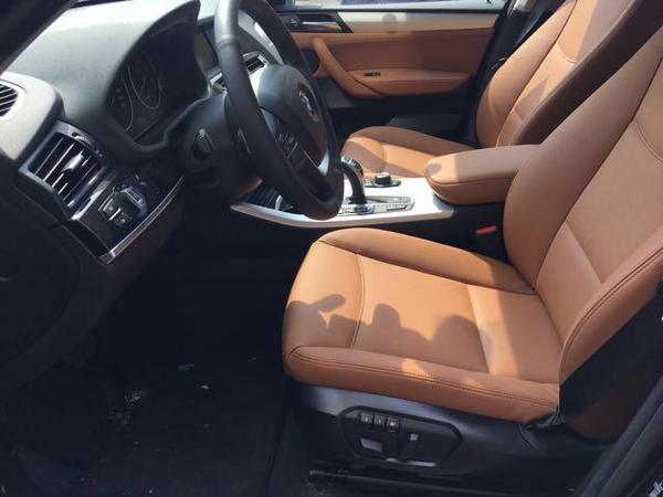 中东宝马X3汽油2.0T 五座动感SUV批发价-图5