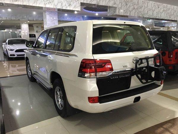 17款丰田酷路泽4000 霸气降价改装新指南-图5