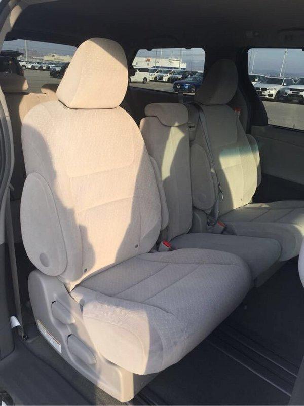 2017款丰田塞纳商务车 花式改装更加舒适-图7