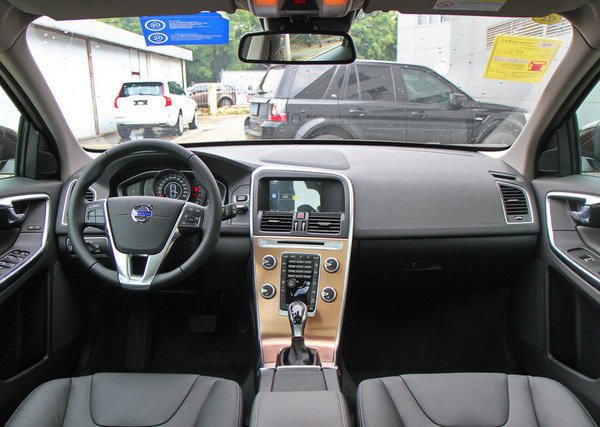 沃尔沃XC60欢迎垂询 价格直降7万-图2