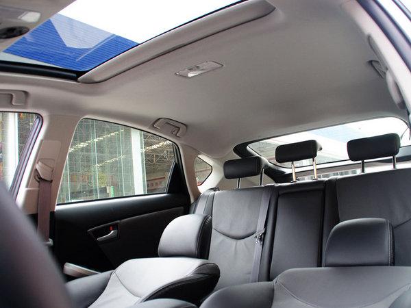 夏季车收集,多种方法去除车内的气味