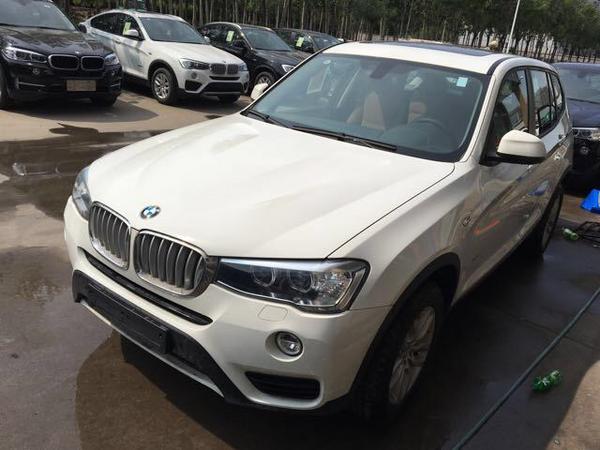 中东宝马X3汽油2.0T 五座动感SUV批发价-图3