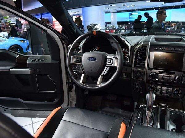 17款福特F150 所向披靡动能皮卡低价抛售-图4