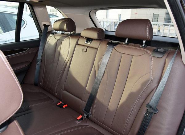 一场高品质的自驾游 70万能买的长途舒适的SUV-图9