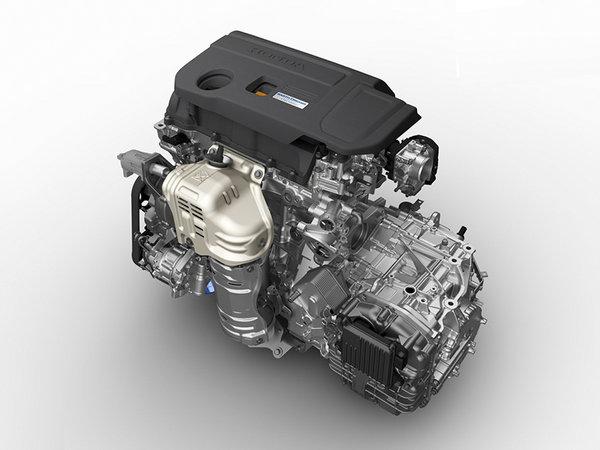 动力系统方面,受制于中国严苛的排量税,3.5L V6的J35型发动机将肯定于中国市场无缘。在汽油单动引擎上会导入两款小排量涡轮增压发动机,分别是已经配备在思域和CR-V等车型上的L15BT的1.5T发动机和已经搭载在冠道上的2.0T发动机,传动系统将配备全球首台装备于轿车上的横置10AT变速箱(并非与福特合作研发的那款)。