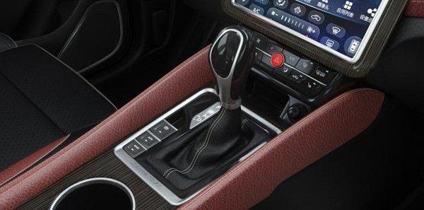 SWM斯威X7自动挡获最智能大7座SUV大奖-图5