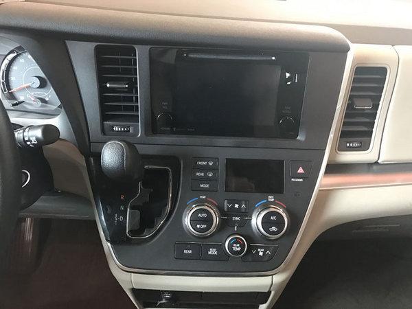 17款丰田塞纳顶配现车 舒适商务价格低-图6