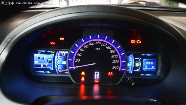 光感自动控制大灯系统,带喷水洗涤功能背门雨刮,超速报警功能,手刹未