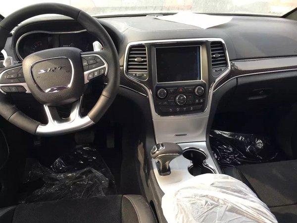 2016款吉普大切诺基SRT8现车 优惠价促销-图5