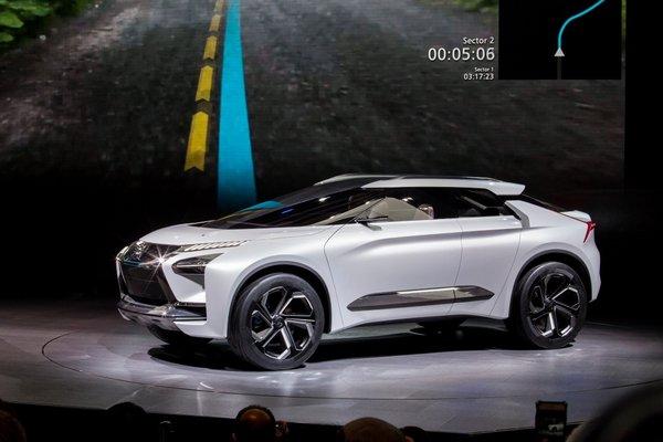 东京车展火热开幕,三菱汽车发布全球品牌战略及新款纯电动概念SUV——e-Evolution-图4