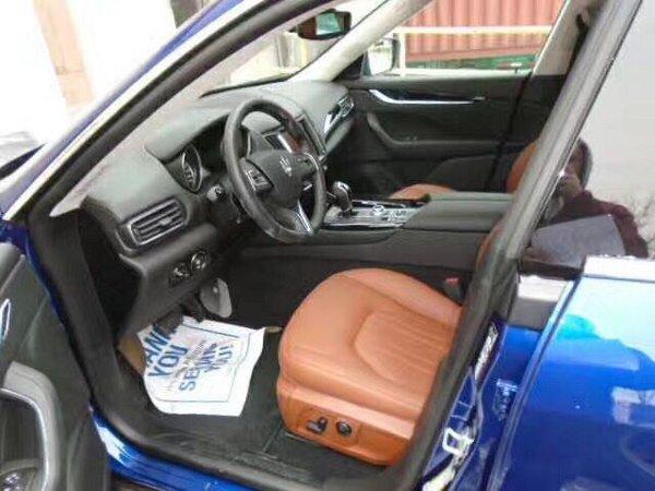 17款玛莎拉蒂Levante 加版宝石蓝魅力SUV-图4