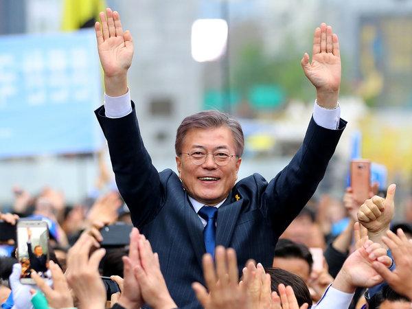 """韩国就他""""反萨德"""" 新总统文在寅会买什么车?-图1"""