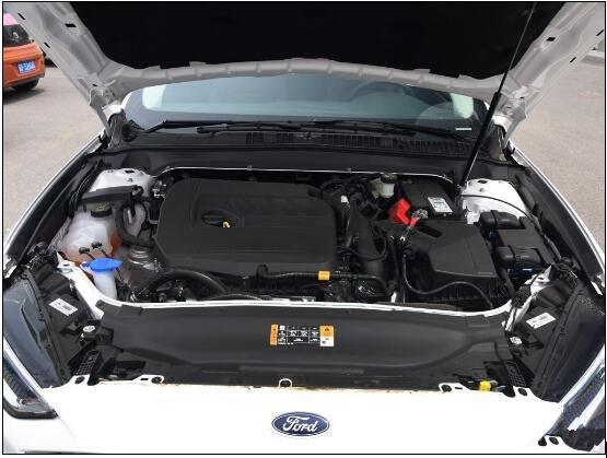 5t+6速手自一体变速箱的动力组合,发动机的最大功率和峰值扭矩分别为