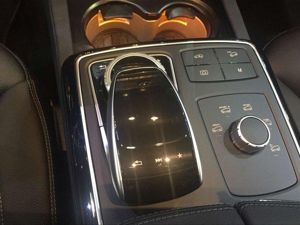 2017款奔驰GLE43 AMG配置 现车销售全国-图9