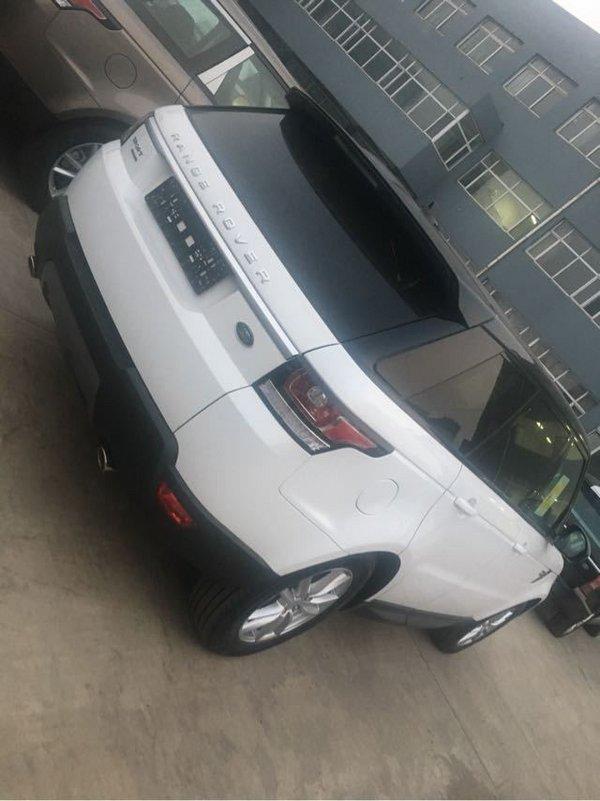 17款路虎运动版价格 路虎骨子里的SUV-图3