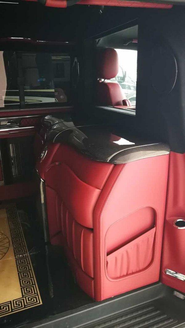 17款大众T6凯路威 顶级改装豪华商务大舱-图4