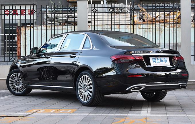 奔驰新款E级正式上市 XX.XX万元起售 外观更运动-图4