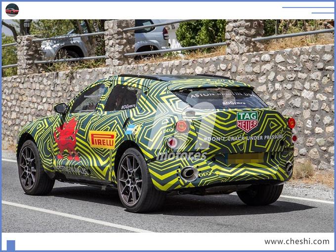 阿斯顿·马丁首款SUV 搭奔驰引擎PK保时捷卡宴-图6