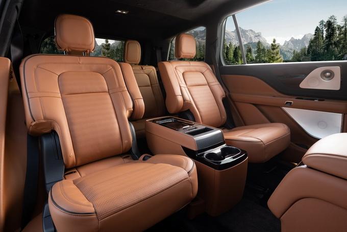国产全新林肯飞行家豪华SUV上市 售56.2-76.2万元-图5