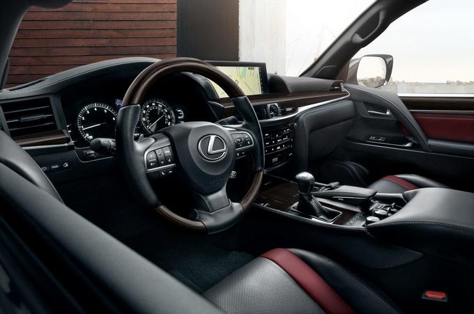 雷克萨斯LX 570特别版车型官图 搭熏黑运动套件-图7