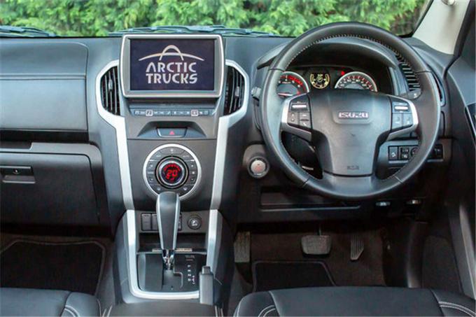 全新五十铃D-MAX北极版AT35豪华霸气再度升级-图6