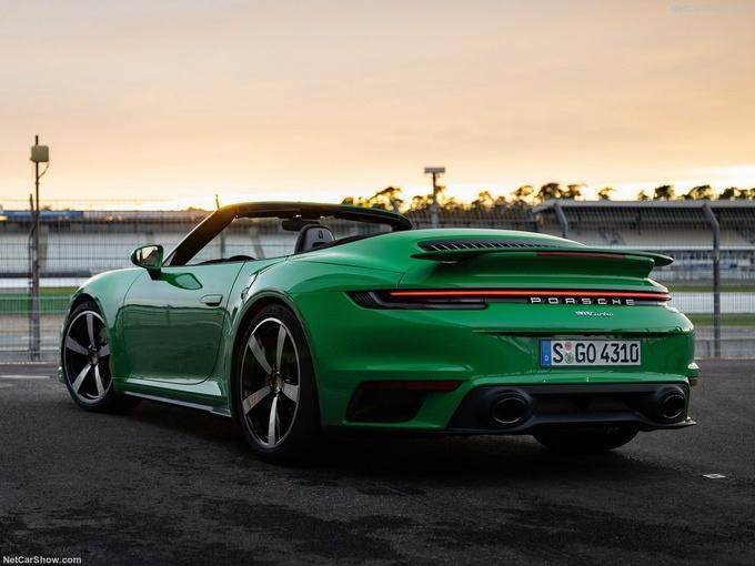 保时捷全新911 Turbo实拍搭3.8T引擎/3秒内破百-图4