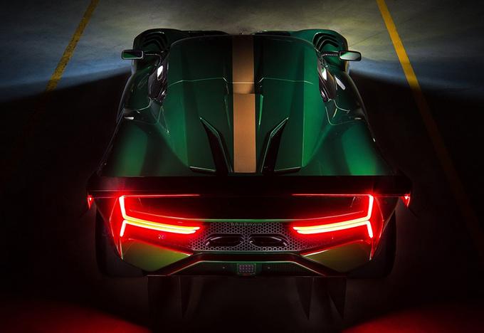 首台BT62赛车正式交付 仅重972kg/售价650万-图5