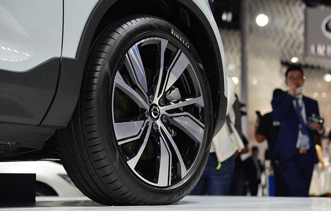 强动力高配置全满足 实拍沃尔沃首款纯电动SUV-图2