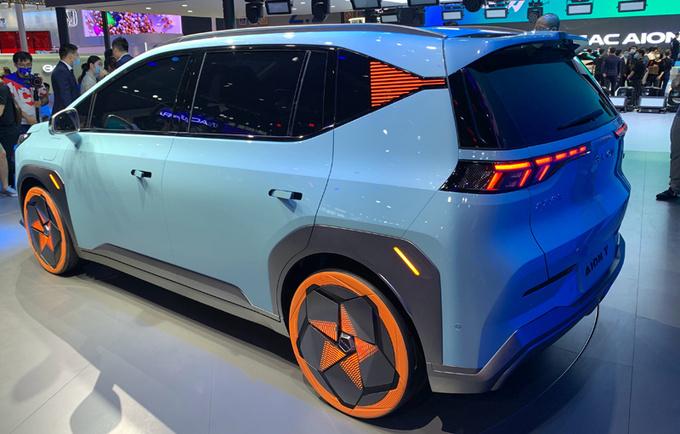 广汽埃安小号Aion V将于4月上市预计15万起售-图4