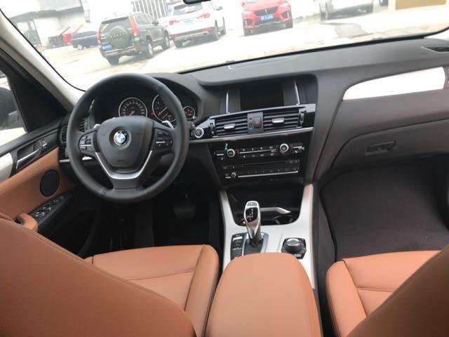 2017款宝马X3 中东版2.0T汽油成本价畅销-图6