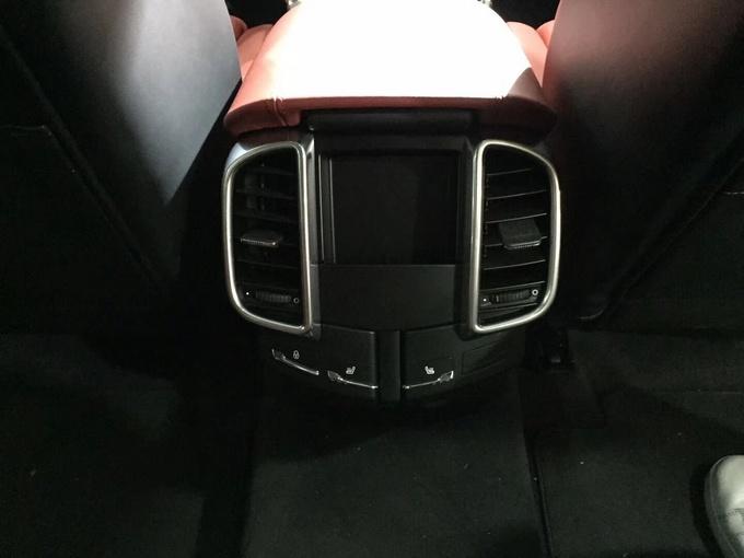 18款保时捷卡宴3.0T 油电混合铂金版SUV-图6