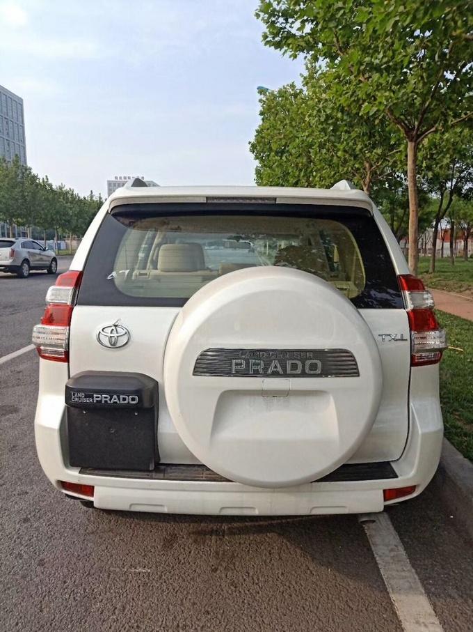 丰田霸道3000中东版特惠 硬派suv优惠多